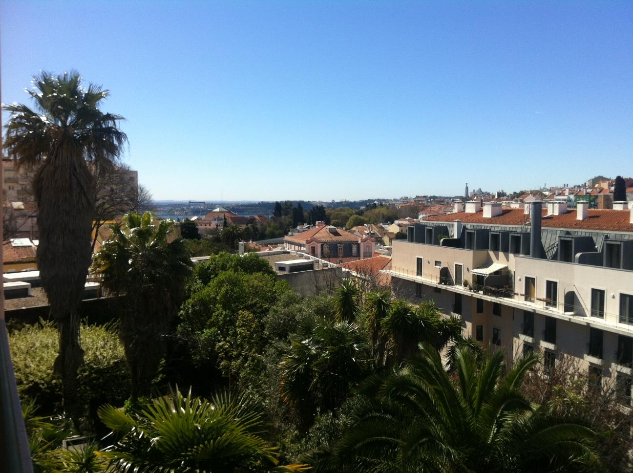 Multi-Family Home for Sale at Building, 8 bedrooms, for Sale Lisboa, Lisboa 1250-268 Portugal