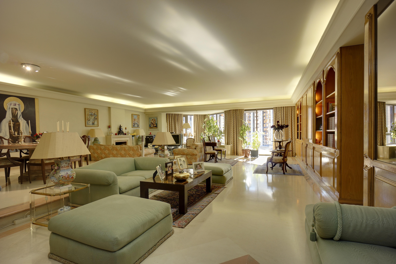 Apartment for Sale at Flat, 4 bedrooms, for Sale Lisboa, Lisboa - Portugal