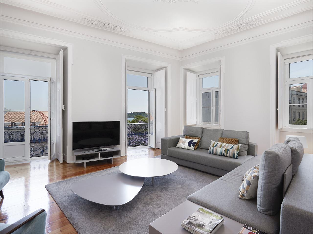 Apartment for Sale at Flat, 4 bedrooms, for Sale Lisboa, Lisboa, 1200-719 Portugal