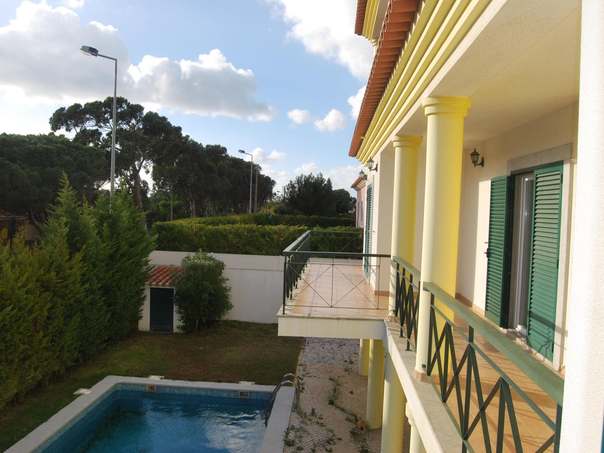 Tek Ailelik Ev için Satış at Detached house, 5 bedrooms, for Sale Cascais, Lisboa Portekiz