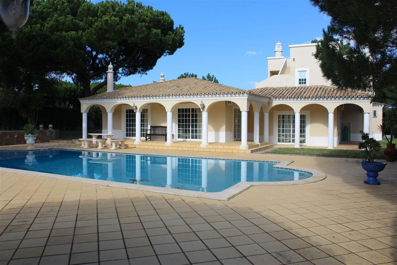 Single Family Home for Sale at Detached house, 5 bedrooms, for Sale Loule, Algarve 8125- Portugal