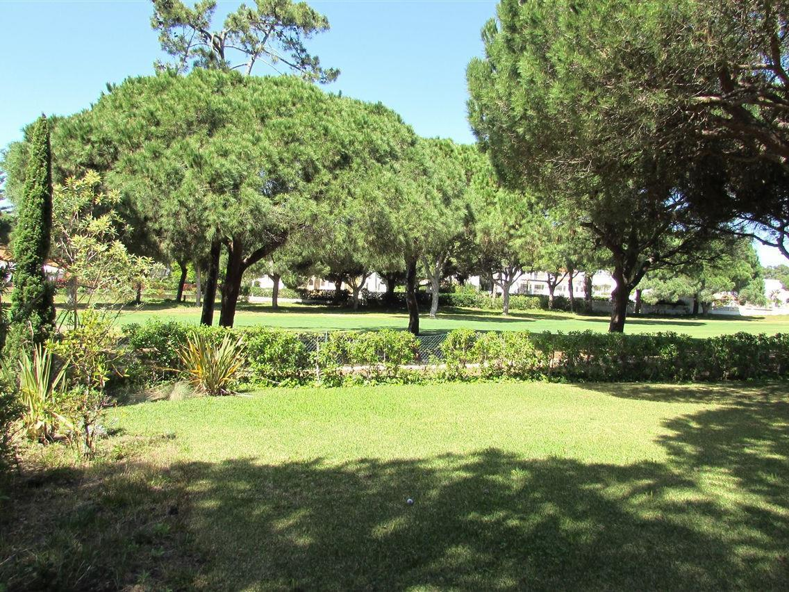 Casa Unifamiliar por un Venta en House, 6 bedrooms, for Sale Loule, Algarve Portugal