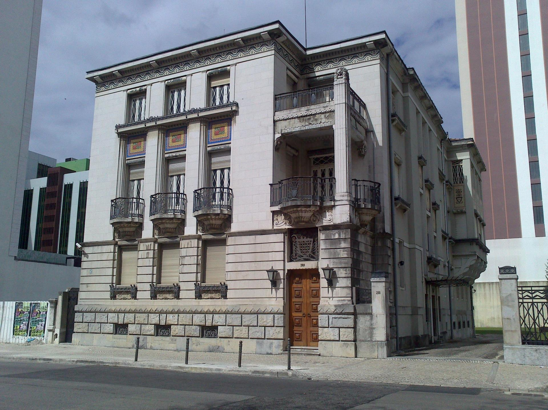 Vivienda unifamiliar por un Venta en Detached house, 6 bedrooms, for Sale Avenidas Novas, Lisboa, Lisboa Portugal