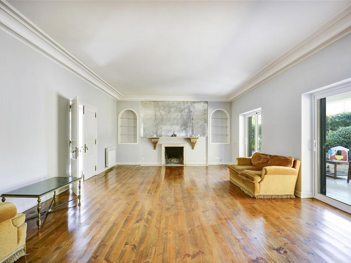 Maison unifamiliale pour l Vente à House, 5 bedrooms, for Sale Cascais, Lisbonne Portugal