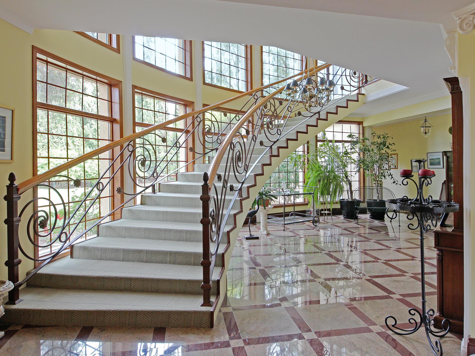 Casa Unifamiliar por un Venta en House, 7 bedrooms, for Sale Loule, Algarve Portugal