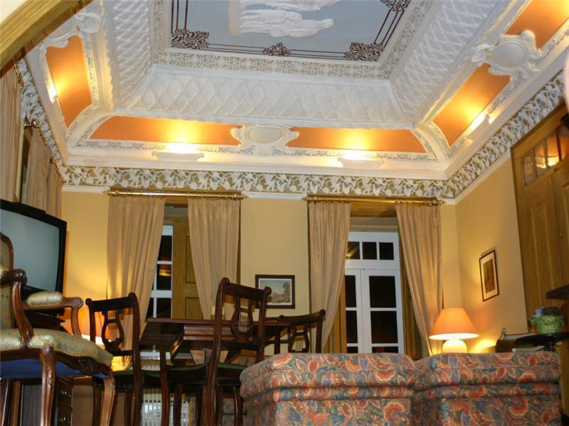Property Of Country Estate, 14 bedrooms, for Sale