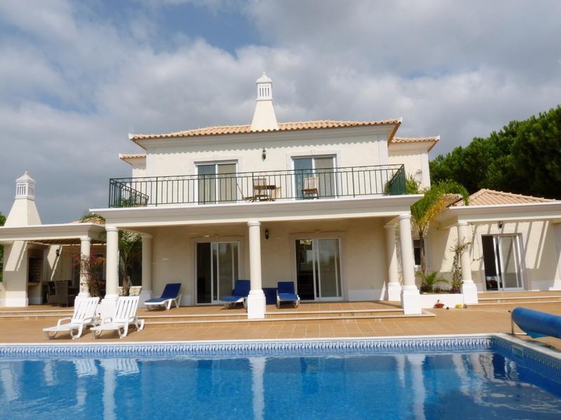 단독 가정 주택 용 매매 에 House, 4 bedrooms, for Sale Loule, Algarve 포르투갈