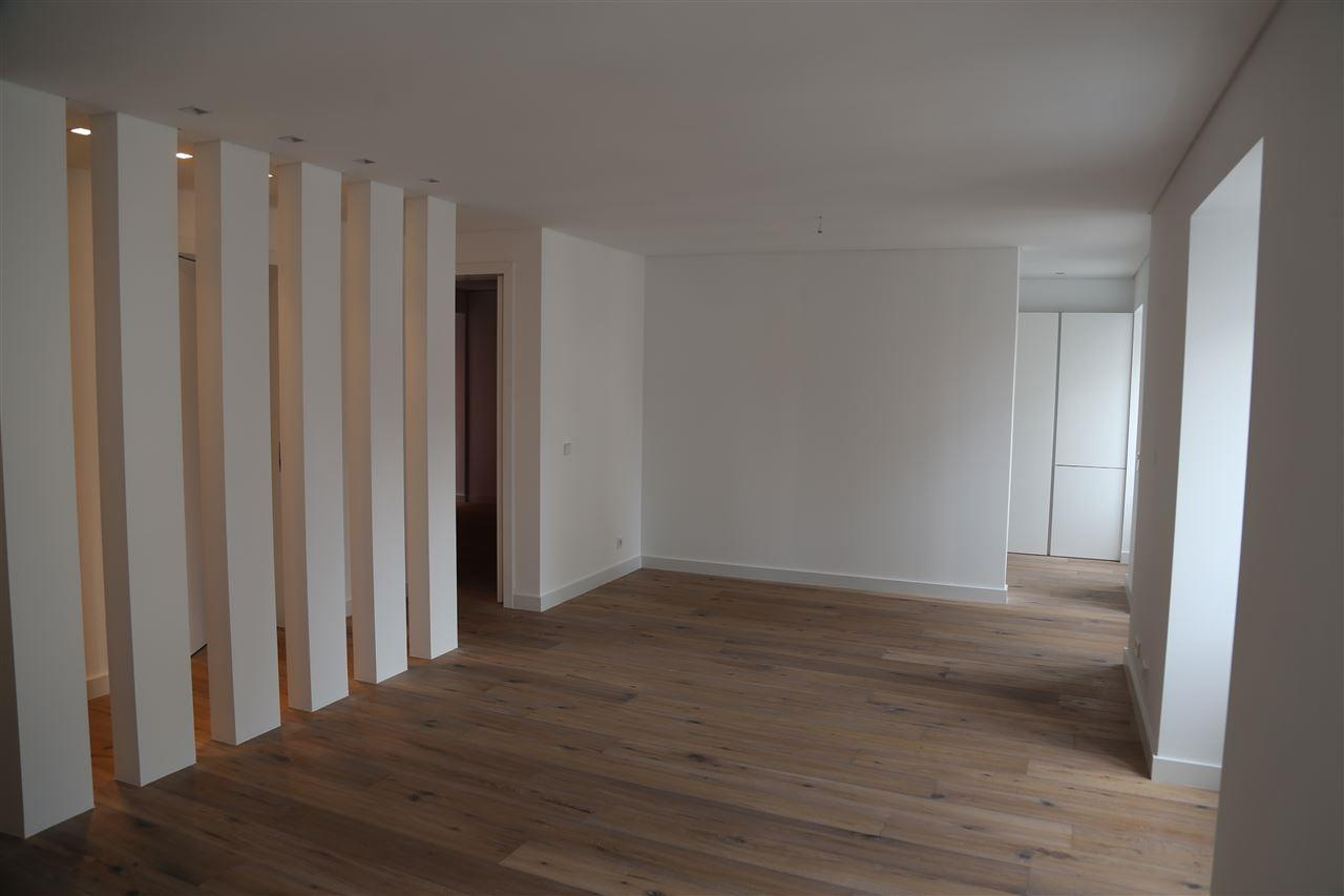 Apartment for Sale at Flat, 3 bedrooms, for Sale Lisboa, Lisboa 1200-723 Portugal