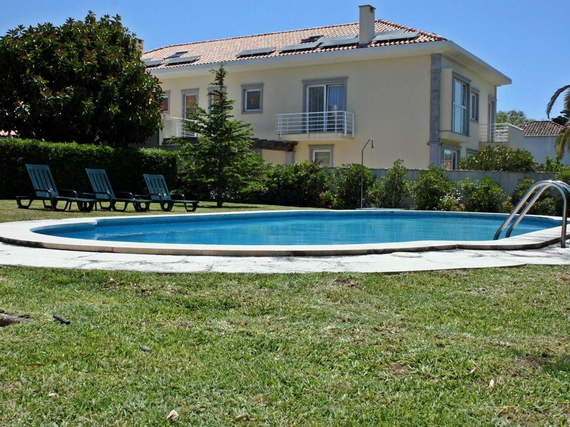 Tek Ailelik Ev için Satış at House, 6 bedrooms, for Sale Cascais, Lisboa Portekiz