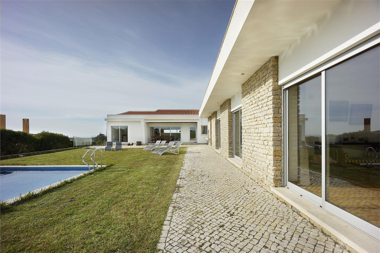 Maison unifamiliale pour l Vente à Detached house, 4 bedrooms, for Sale Sintra, Lisbonne, - Portugal