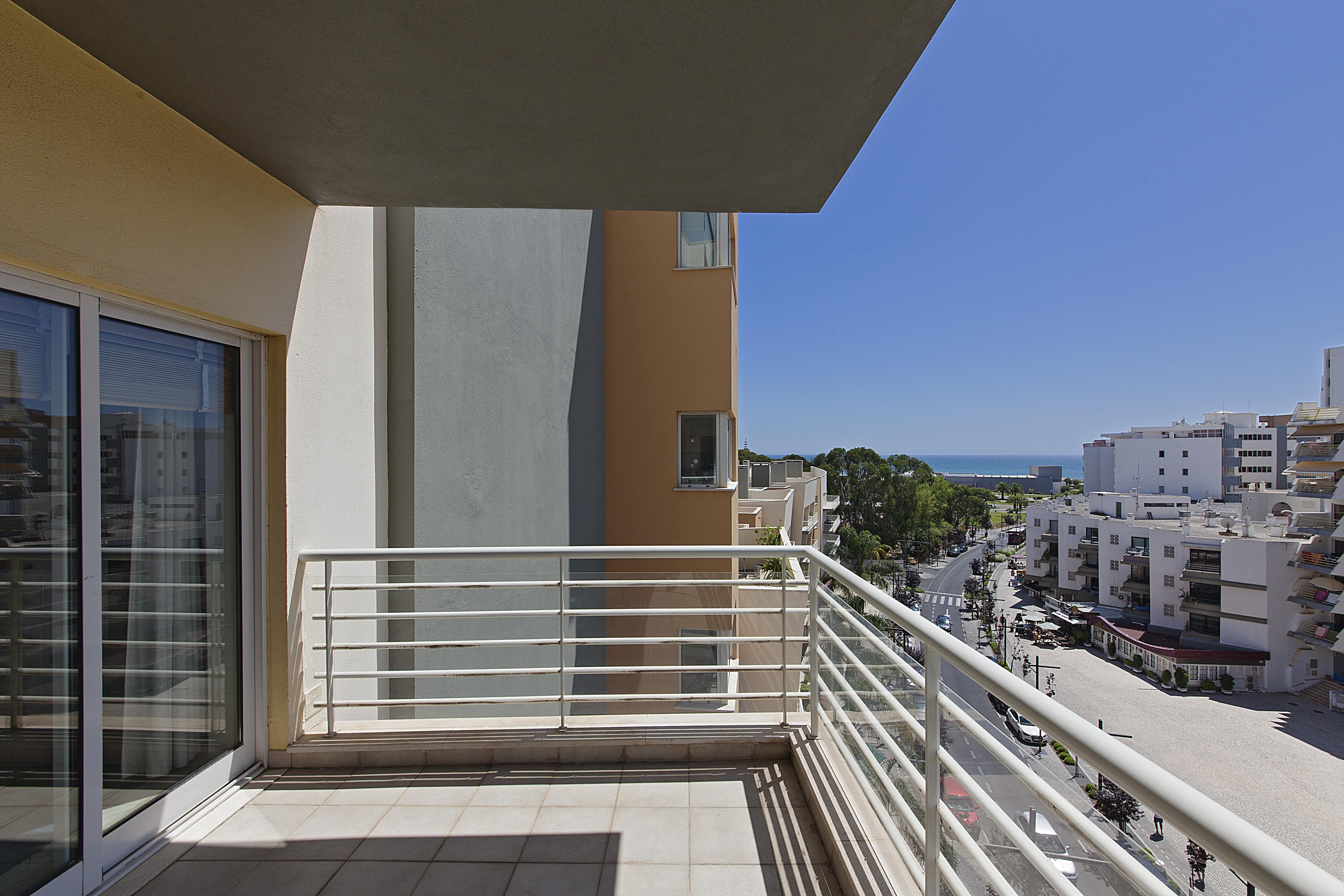 Apartment for Sale at Flat, 3 bedrooms, for Sale Loule, Algarve 8125-401 Portugal