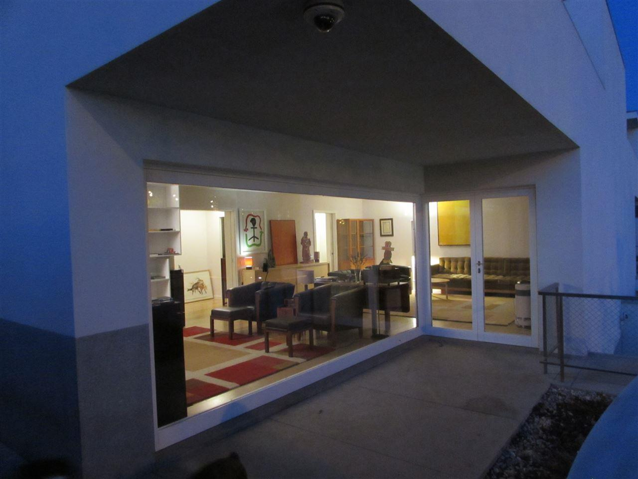 Vivienda unifamiliar por un Venta en Semi-detached house, 5 bedrooms, for Sale Porto, Porto, 4100-122 Portugal