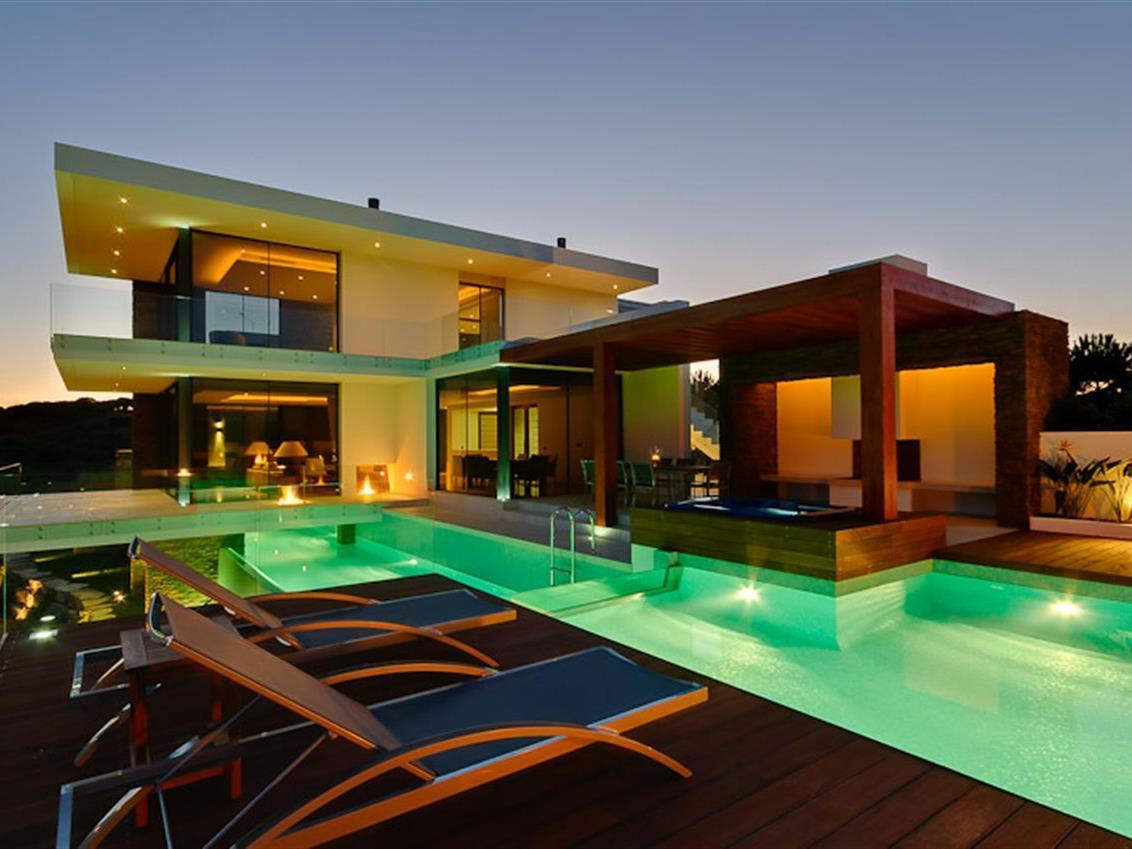 Частный односемейный дом для того Продажа на Detached house, 6 bedrooms, for Sale Vila Real De Santo Antonio, Algarve Португалия