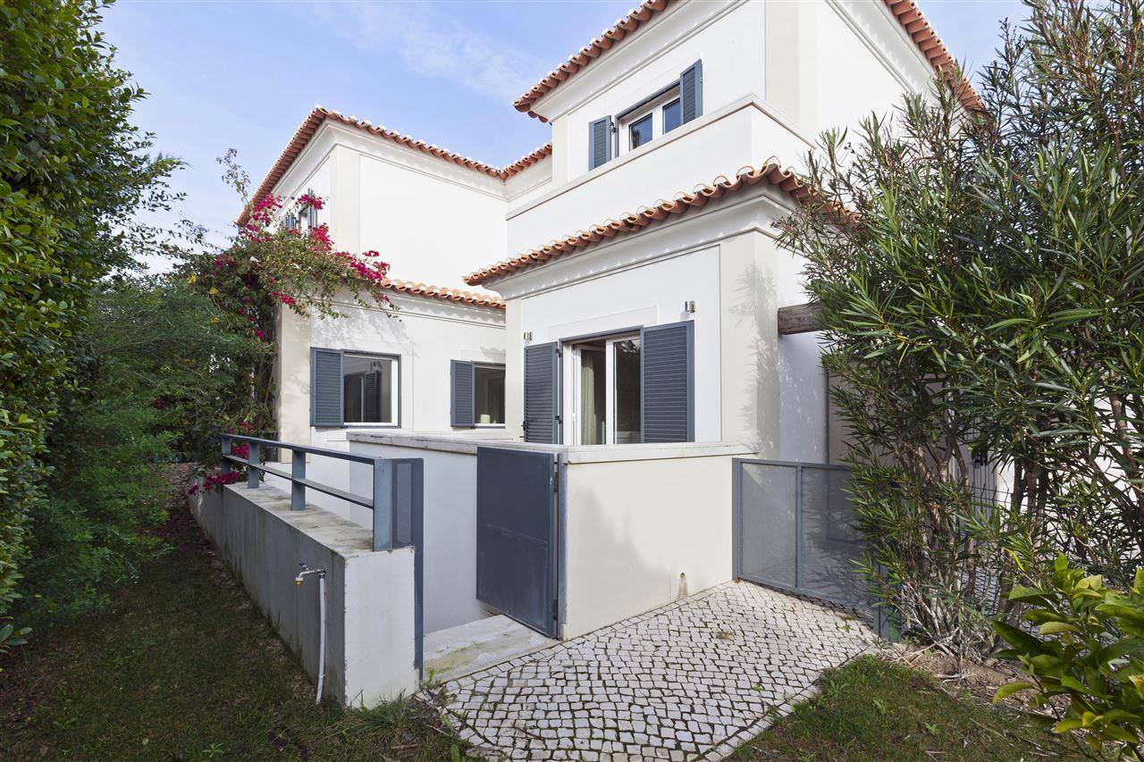 Single Family Home for Sale at House, 4 bedrooms, for Sale Cascais, Lisboa, 2645-537 Portugal