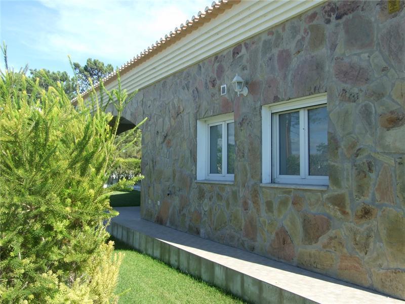 一戸建て のために 売買 アット House, 2 bedrooms, for Sale Troia, Grandola, セトゥーバル ポルトガル