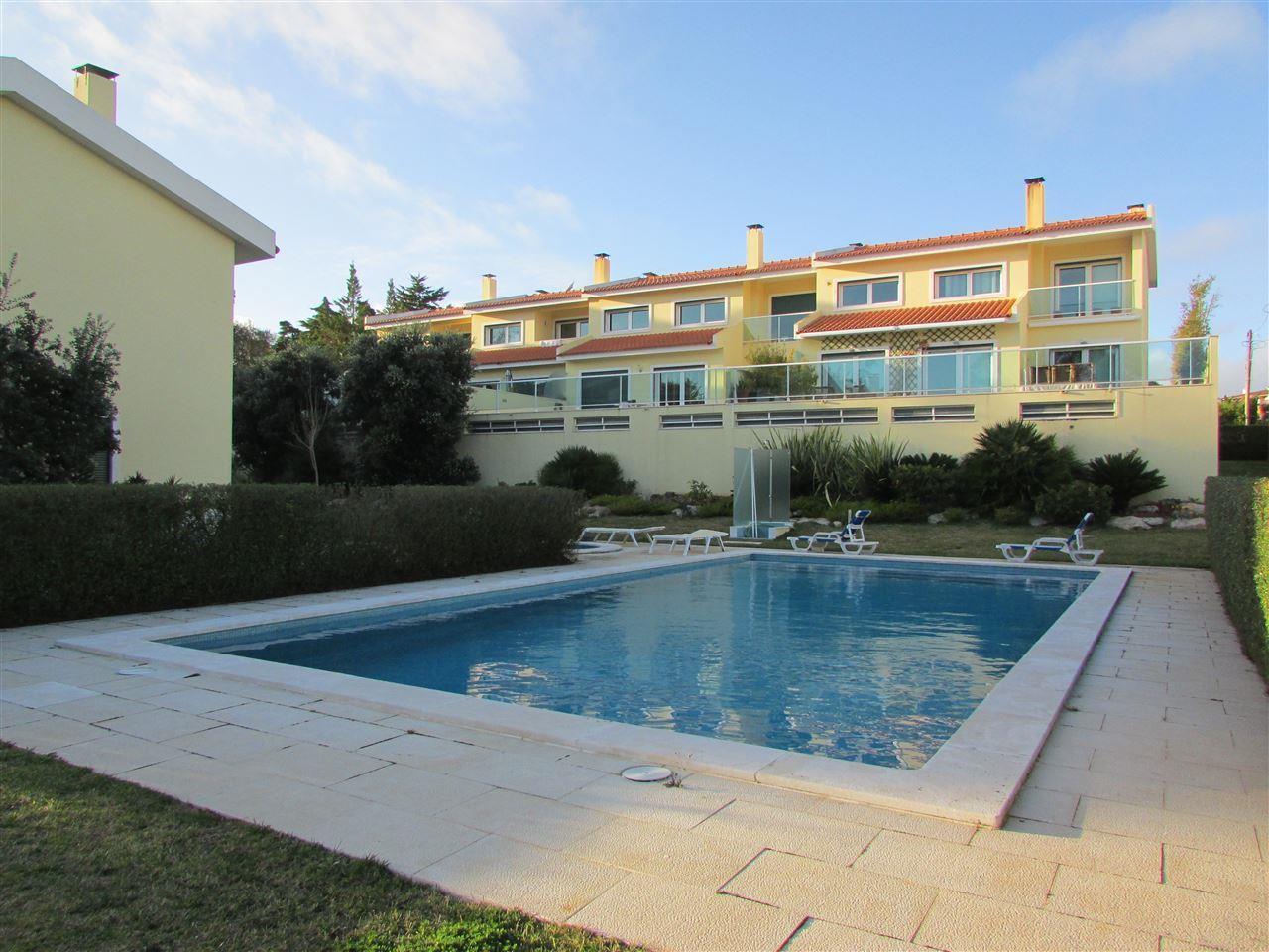 一戸建て のために 売買 アット Terraced house, 2 bedrooms, for Sale Bicuda, Cascais, リスボン ポルトガル