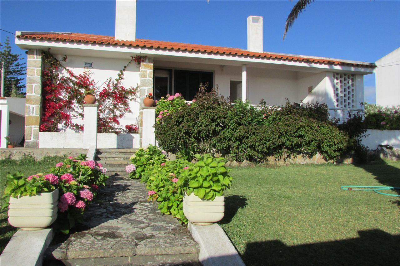 Maison unifamiliale pour l Vente à Detached house, 4 bedrooms, for Sale Sintra, Lisbonne, 2705-297 Portugal