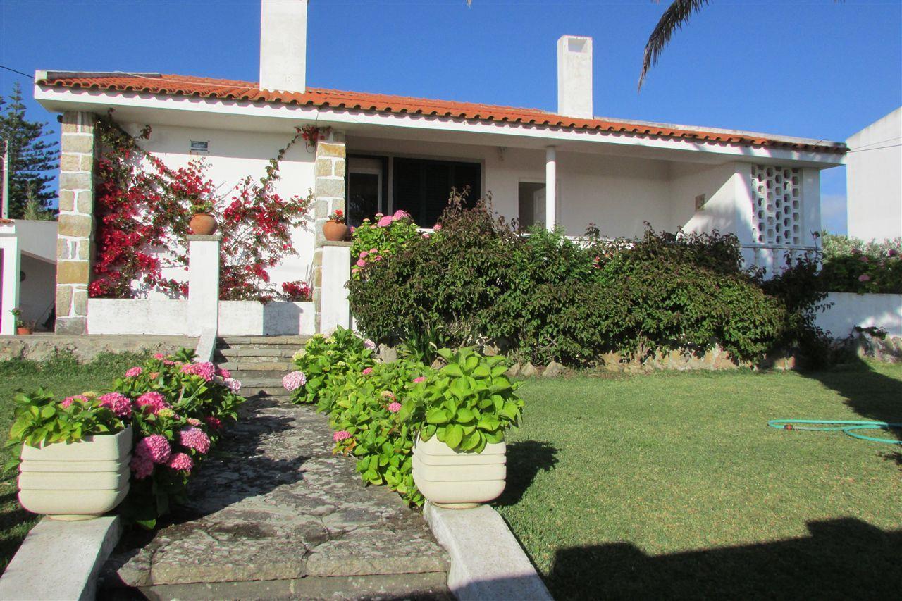 Maison unifamiliale pour l Vente à Detached house, 4 bedrooms, for Sale Sintra, Lisbonne 2705-297 Portugal