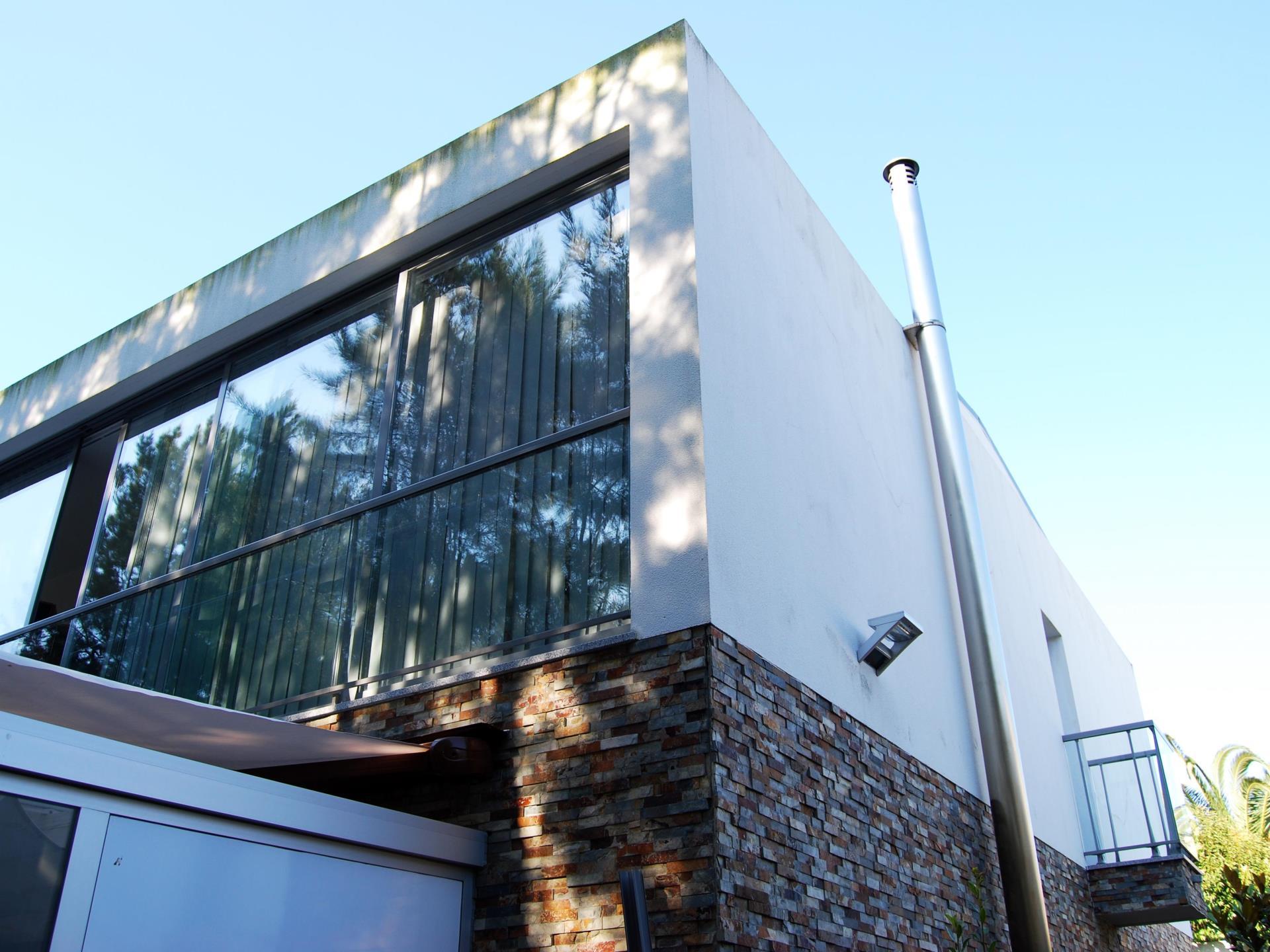 Villa per Vendita alle ore Detached house, 4 bedrooms, for Sale Cascais, Lisbona Portogallo
