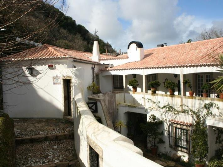 Property Of House, 11 bedrooms, for Sale