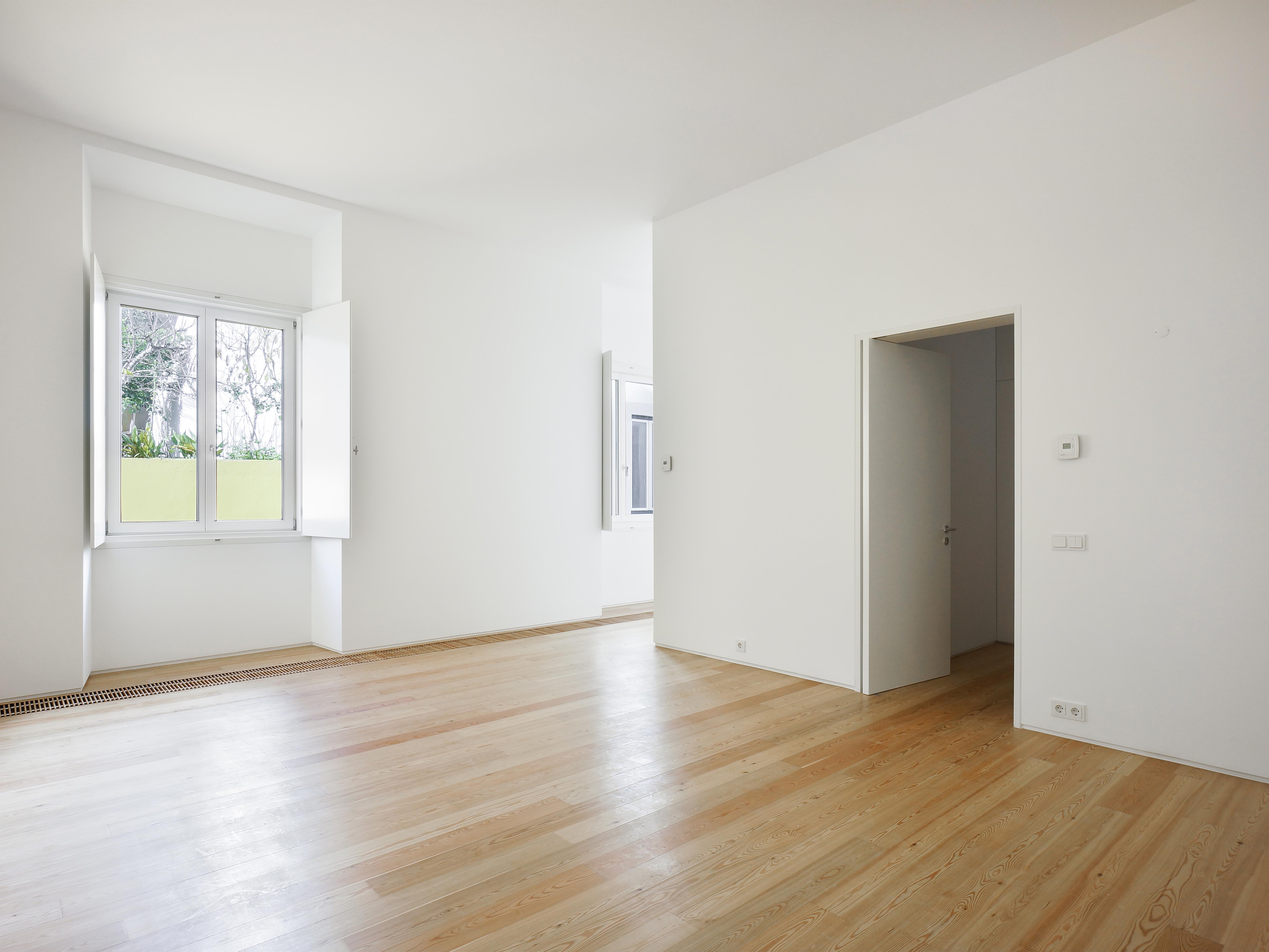 Villa per Vendita alle ore Apartment Floor Dwelling, 2 bedrooms, for Sale Lisboa, Lisbona, 1100-193 Portogallo