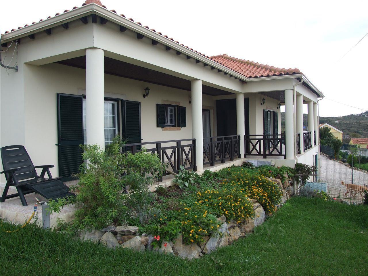Moradia para Venda às Detached house, 3 bedrooms, for Sale Sintra, Lisboa Portugal