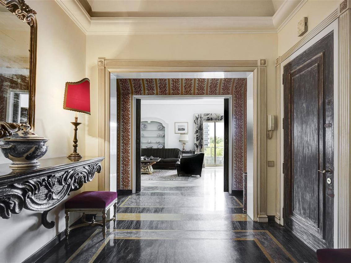 Квартира для того Продажа на Flat, 5 bedrooms, for Sale Lisboa, Лиссабон Португалия