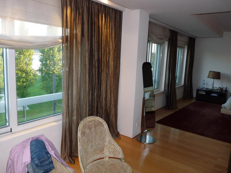 Property Of Flat, 3 bedrooms, for Sale