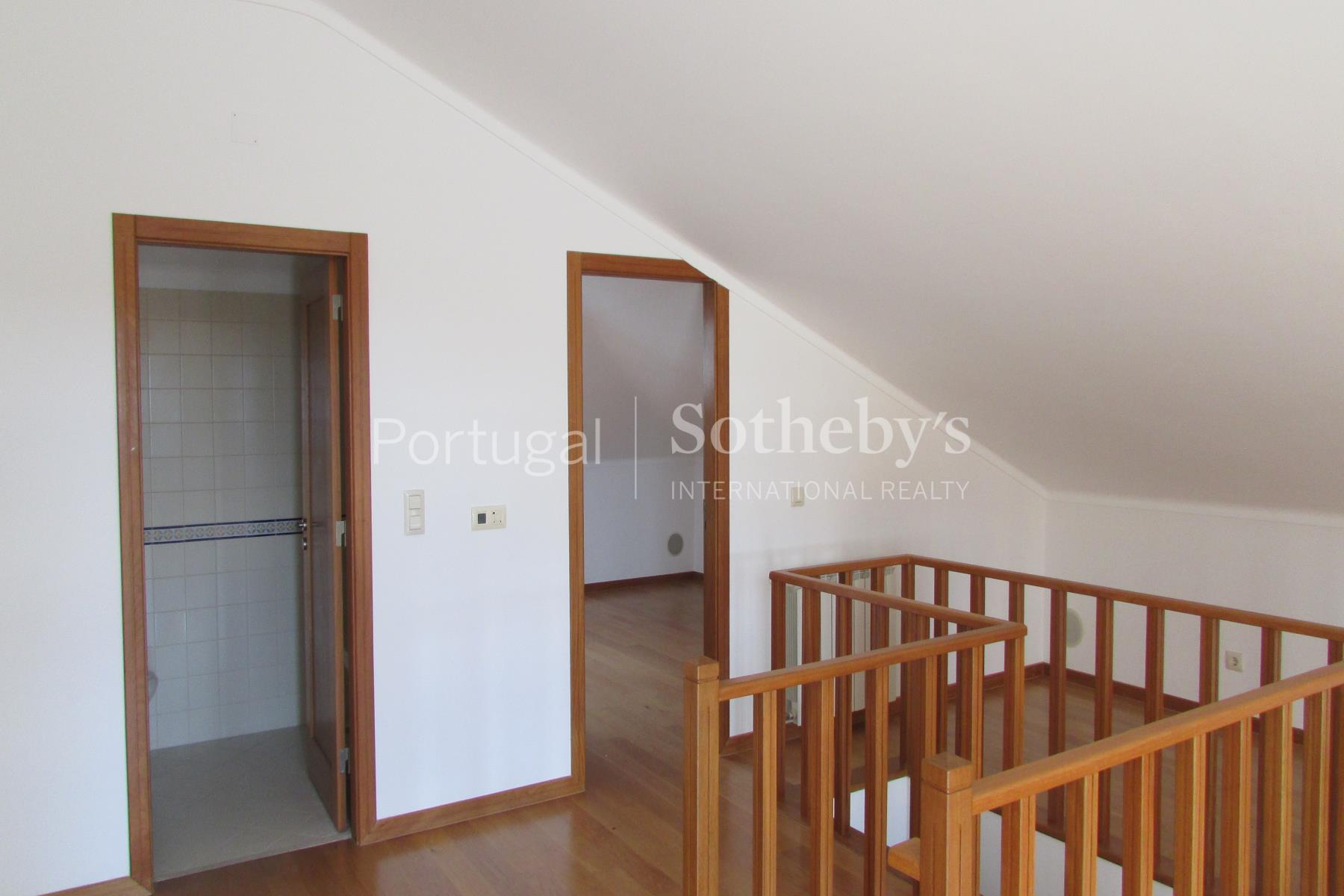 Property Of Duplex, 3 bedrooms, for Sale