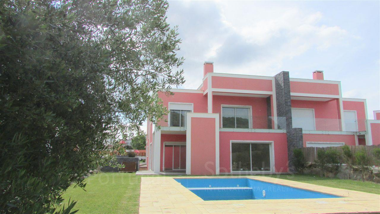 Single Family Home for Sale at House, 4 bedrooms, for Sale Cascais, Lisboa 2645-324 Portugal