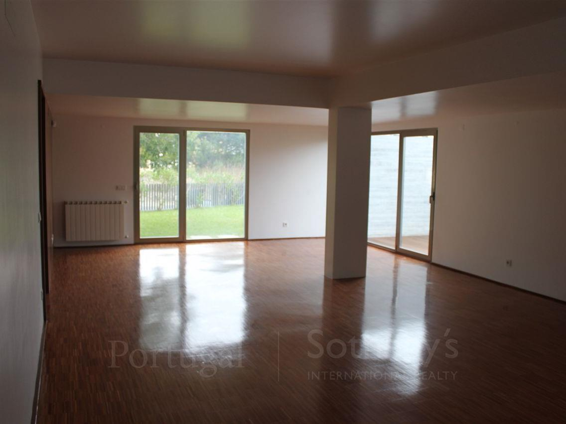 Property Of House, 4 bedrooms, for Sale
