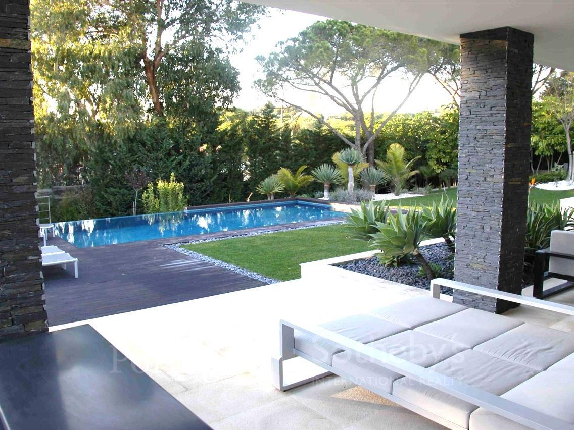 Moradia para Venda às House, 5 bedrooms, for Sale Cascais, Lisboa Portugal