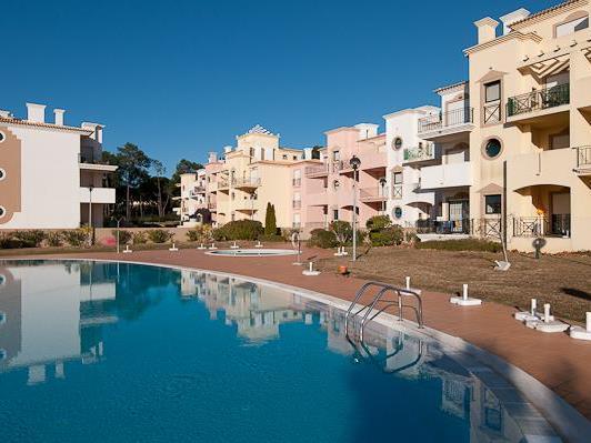 Apartamento para Venda às Flat, 3 bedrooms, for Sale Loule, Algarve Portugal