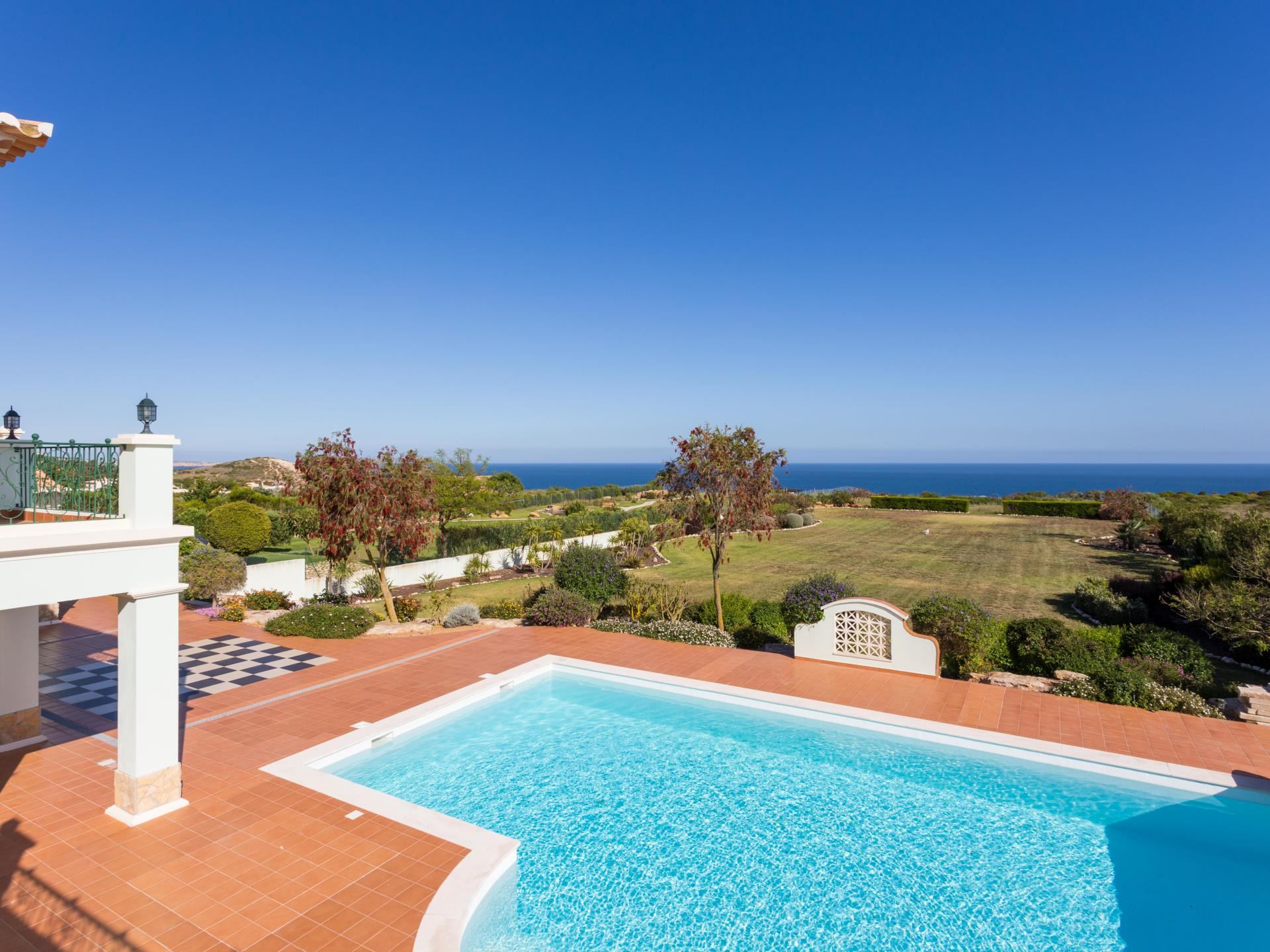 Single Family Home for Sale at Detached house, 5 bedrooms, for Sale Lagos, Algarve Portugal