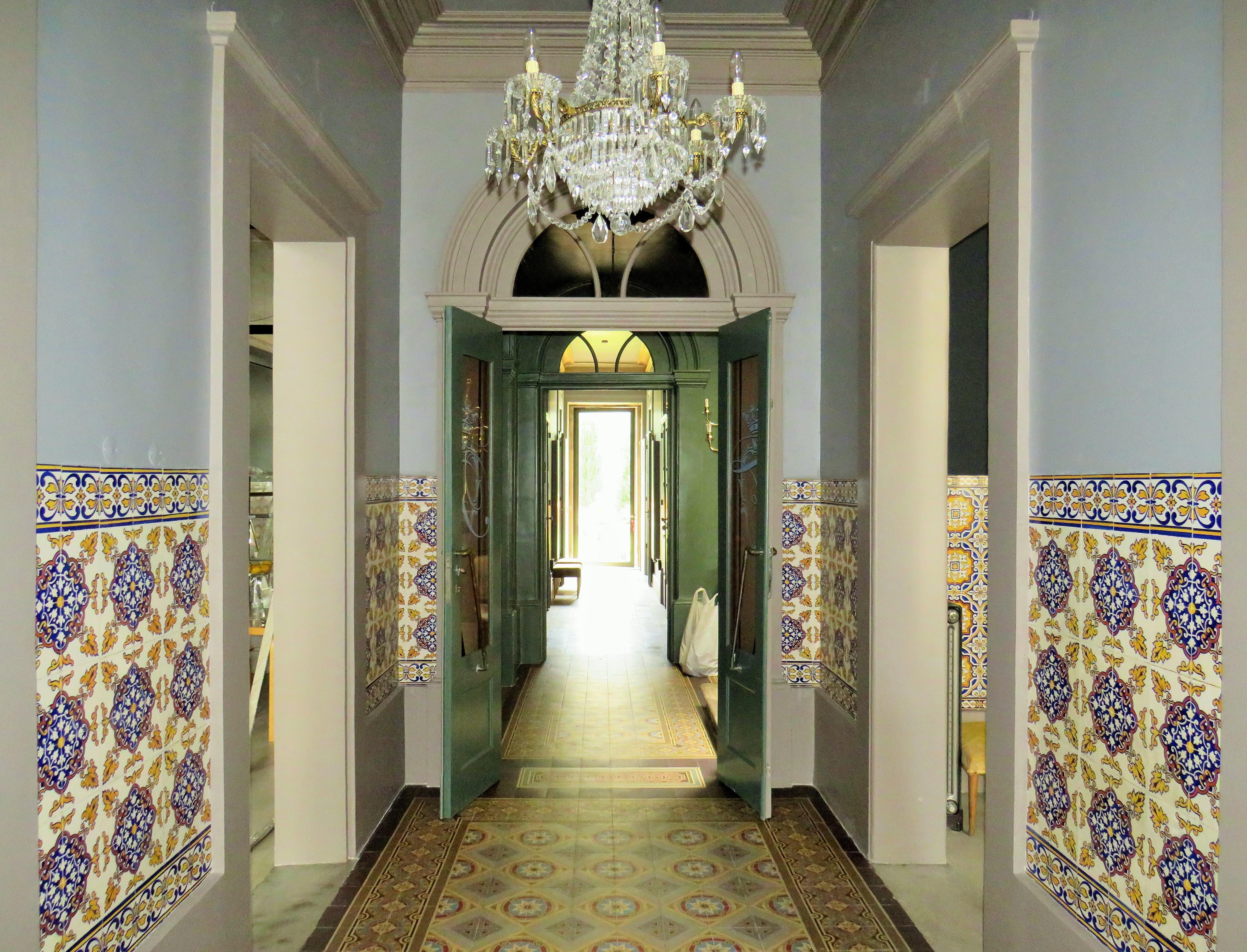 Nhà ở nhiều gia đình vì Bán tại Building, 7 bedrooms, for Sale Porto, Porto, 4000-003 Bồ Đào Nha