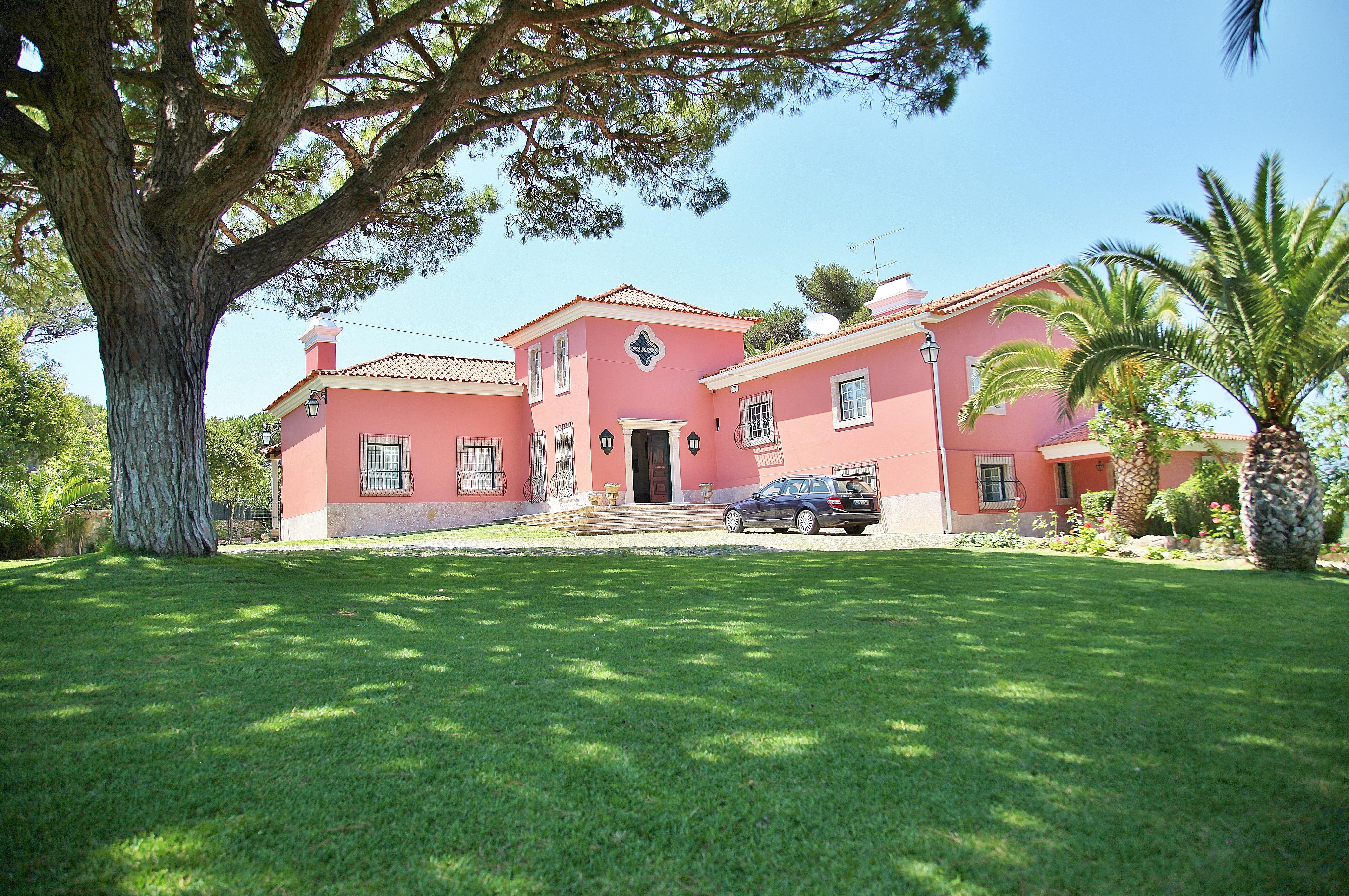 Single Family Home for Sale at House, 6 bedrooms, for Sale Cascais, Lisboa 2750-392 Portugal