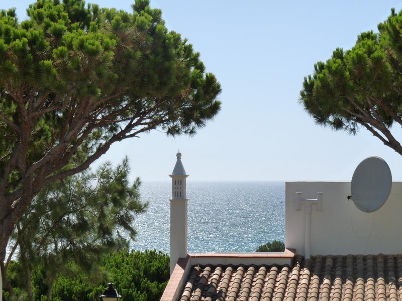 Villa per Vendita alle ore Semi-detached house, 2 bedrooms, for Sale Loule, Algarve 8135-000 Portogallo
