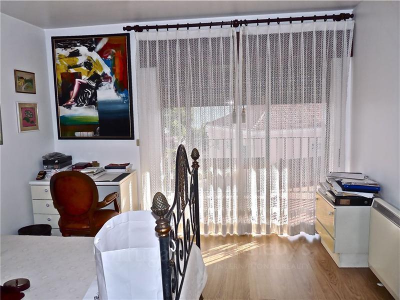 Vivienda unifamiliar por un Venta en House, 5 bedrooms, for Sale Oeiras, Lisboa Portugal