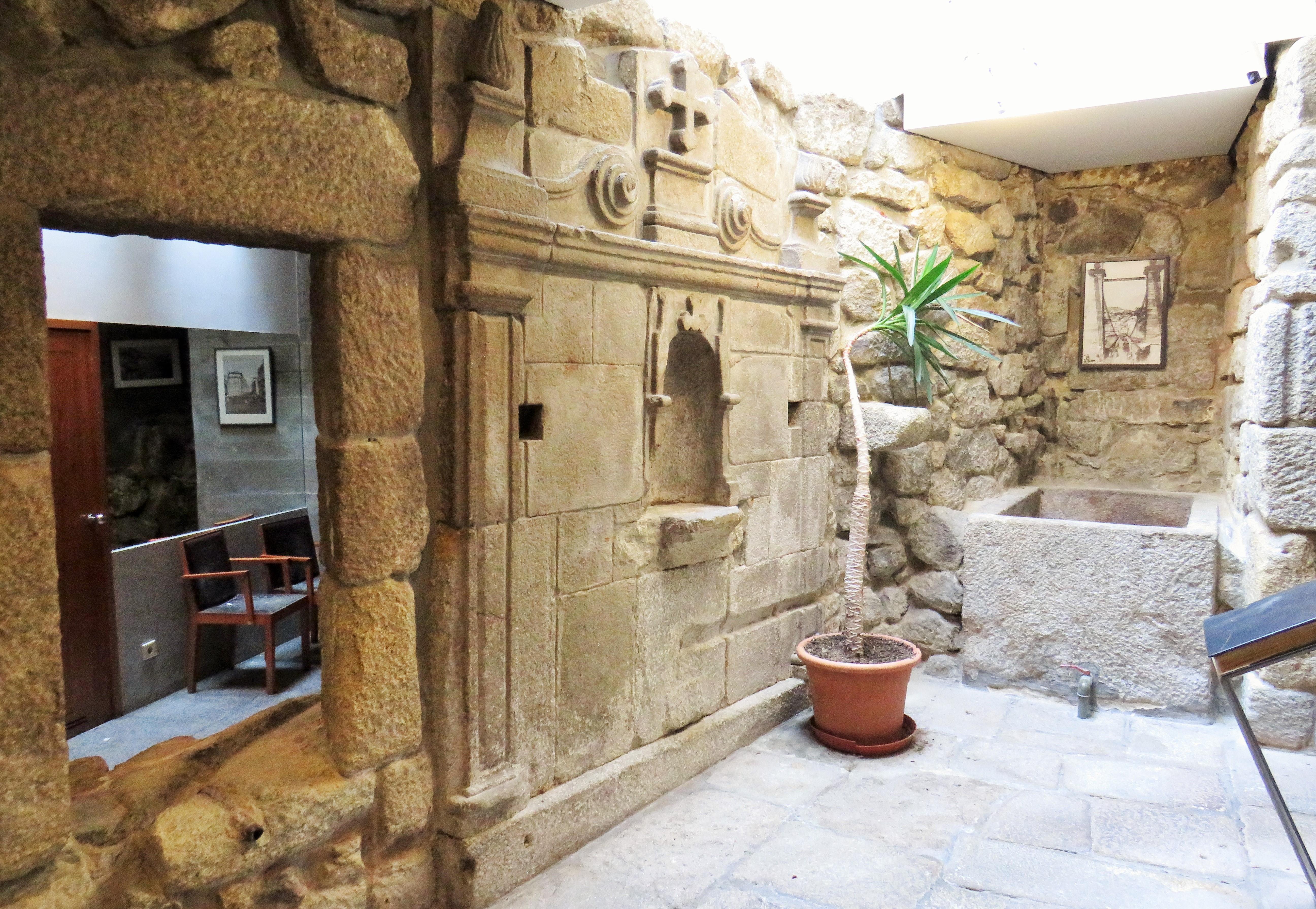 Nhà ở nhiều gia đình vì Bán tại Building for Sale Porto, Porto, Bồ Đào Nha