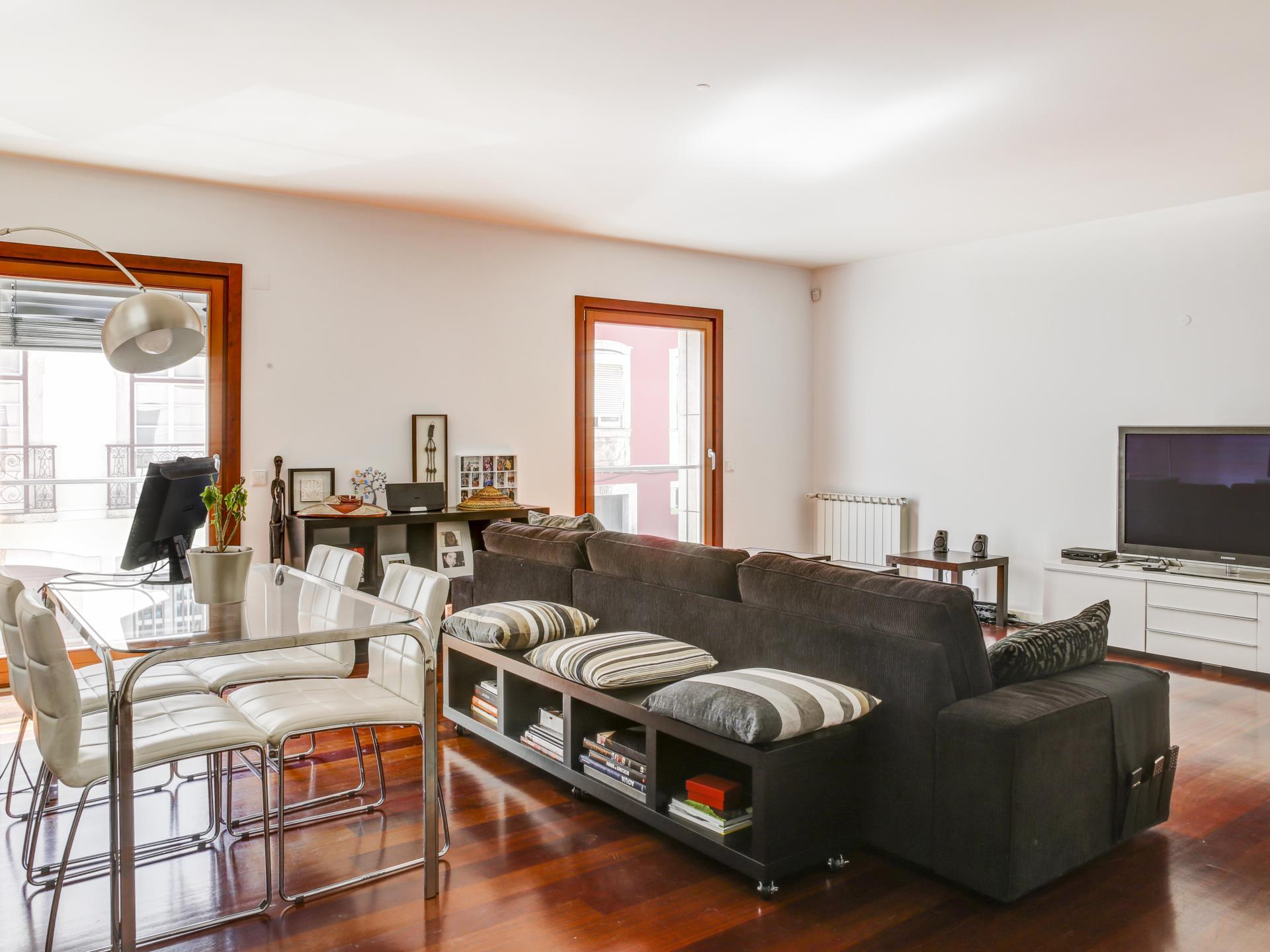 Apartment for Sale at Flat, 3 bedrooms, for Sale Lapa, Lisboa, Lisboa Portugal