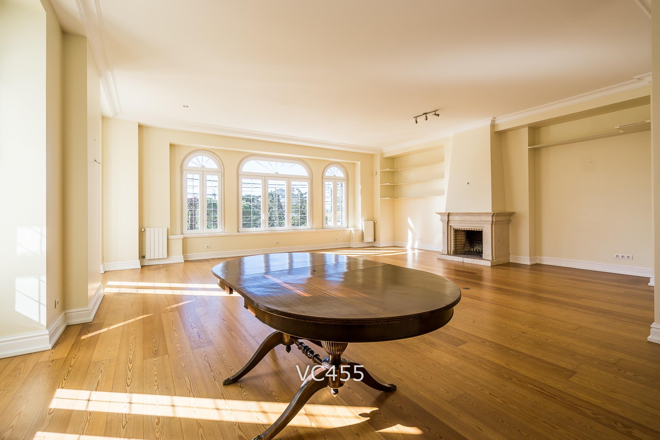 公寓 為 出售 在 Flat, 3 bedrooms, for Sale Cascais, 葡京 2765-430 葡萄牙