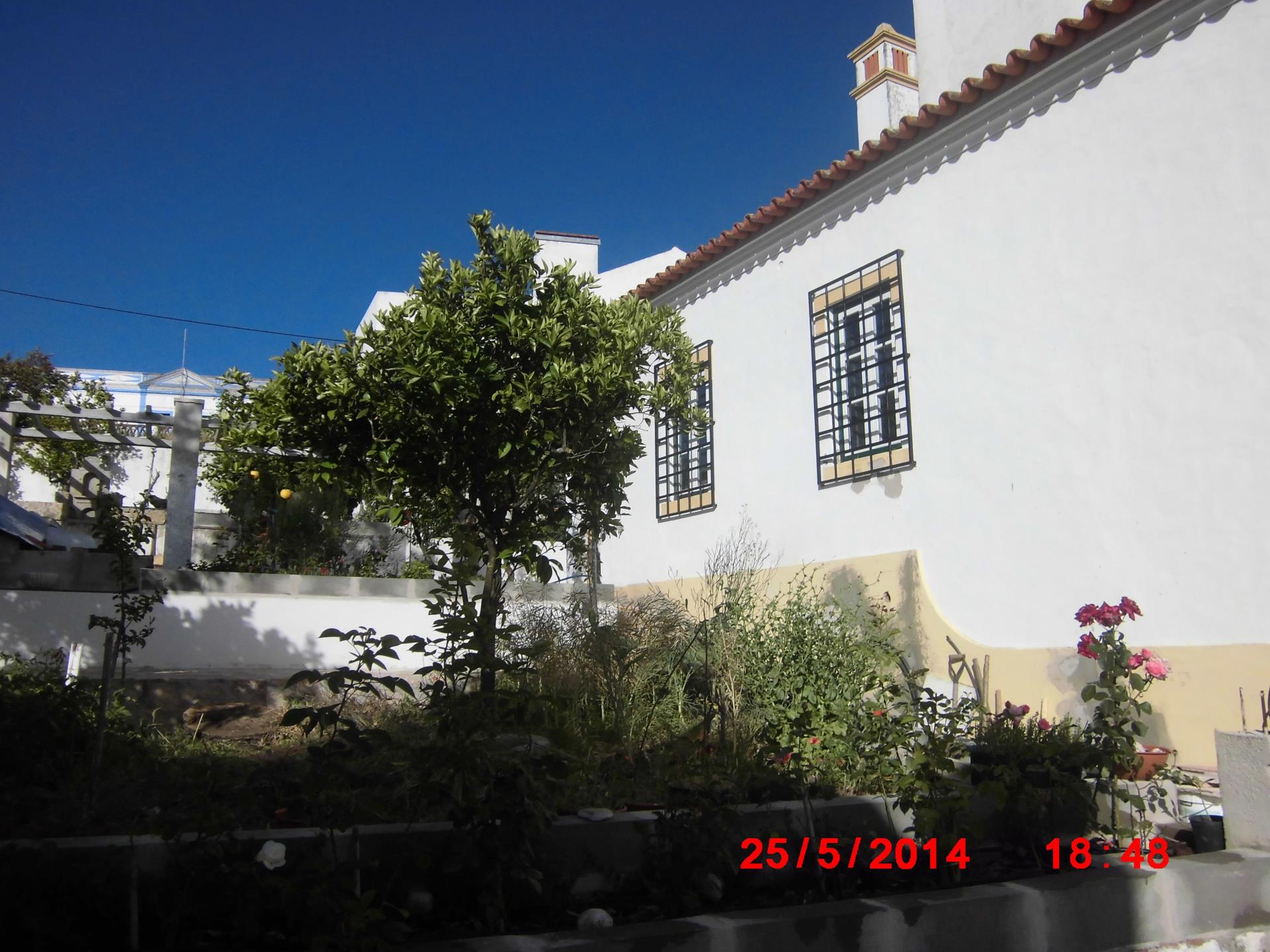 Single Family Home for Sale at Apartment Floor Dwelling, 4 bedrooms, for Sale Arraiolos, Evora Portugal