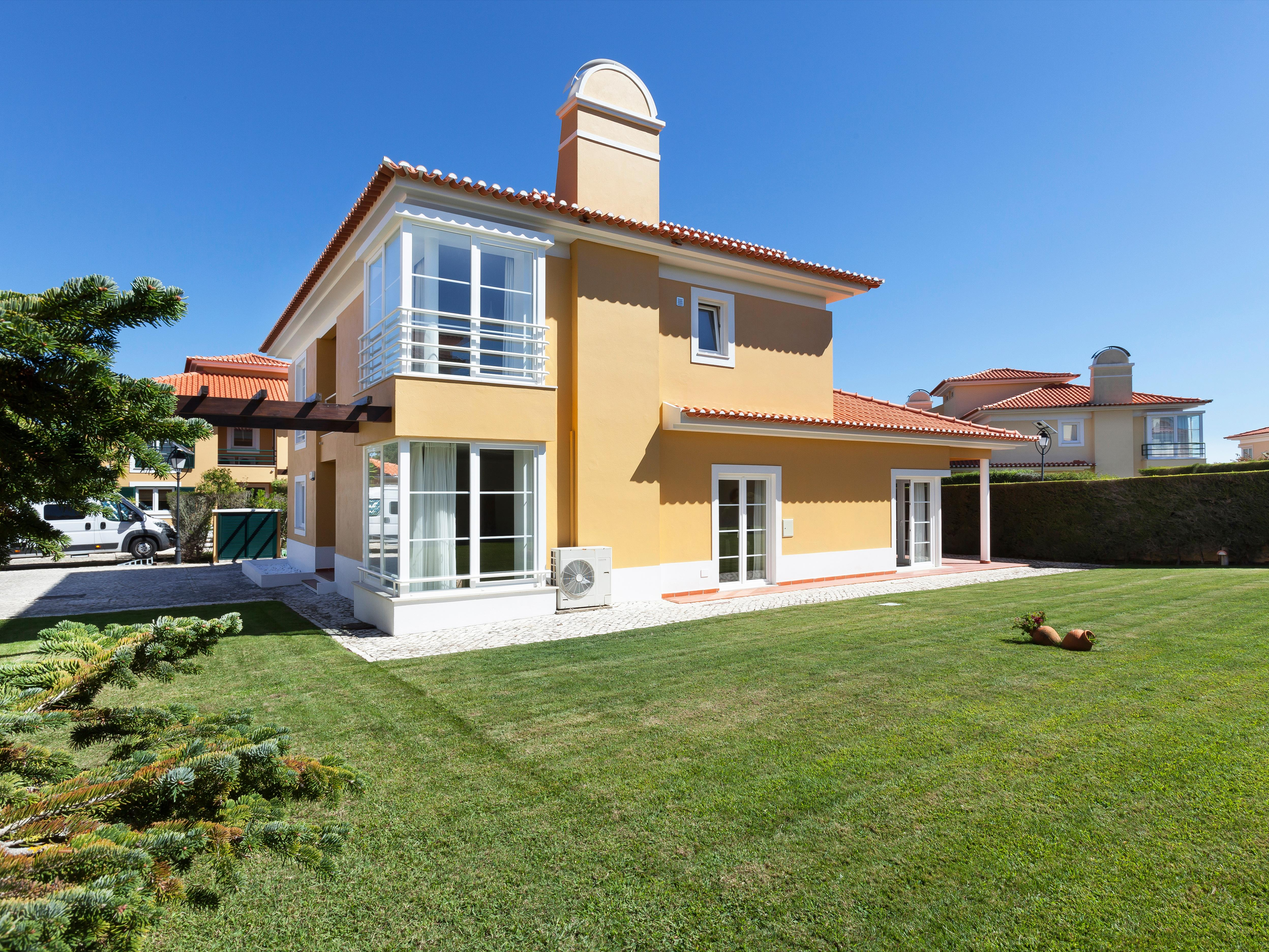 Maison unifamiliale pour l Vente à House, 4 bedrooms, for Sale Sintra, Lisbonne, Portugal