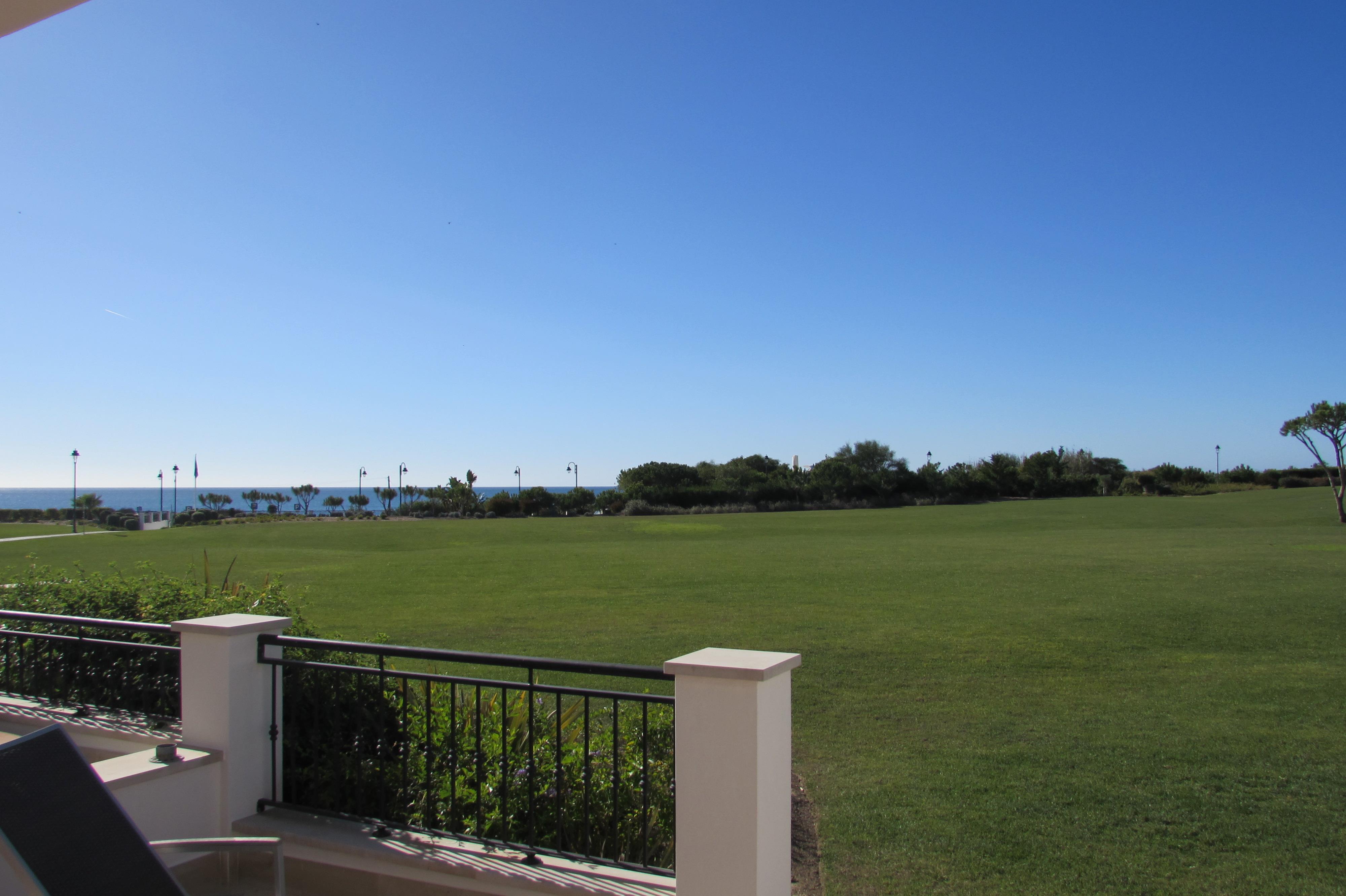 Appartement pour l Vente à Flat, 2 bedrooms, for Sale Loule, Algarve 8100- Portugal
