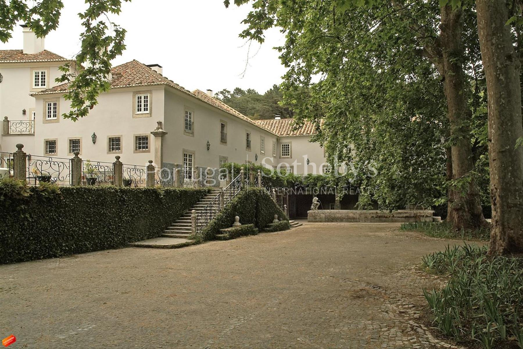 Property Of Farm, 18 bedrooms, for Sale