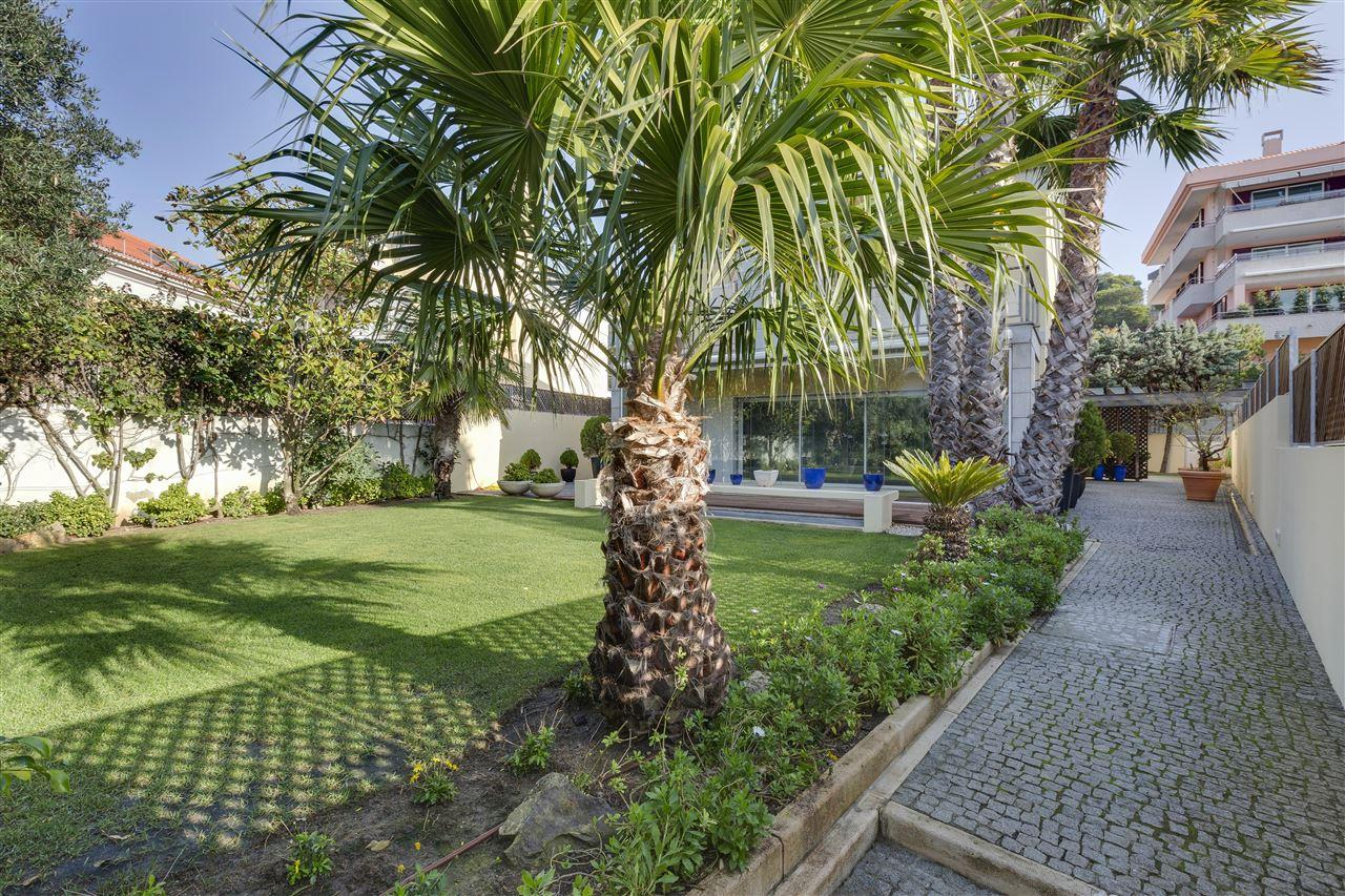 Vivienda unifamiliar por un Venta en Detached house, 4 bedrooms, for Sale Cascais, Lisboa, - Portugal