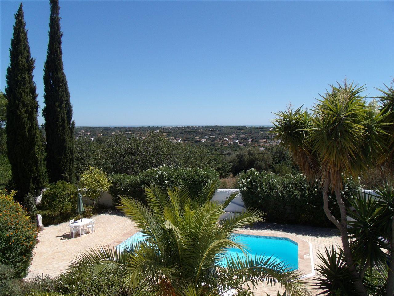 Nhà ở một gia đình vì Bán tại Detached house, 5 bedrooms, for Sale Loule, Algarve Bồ Đào Nha