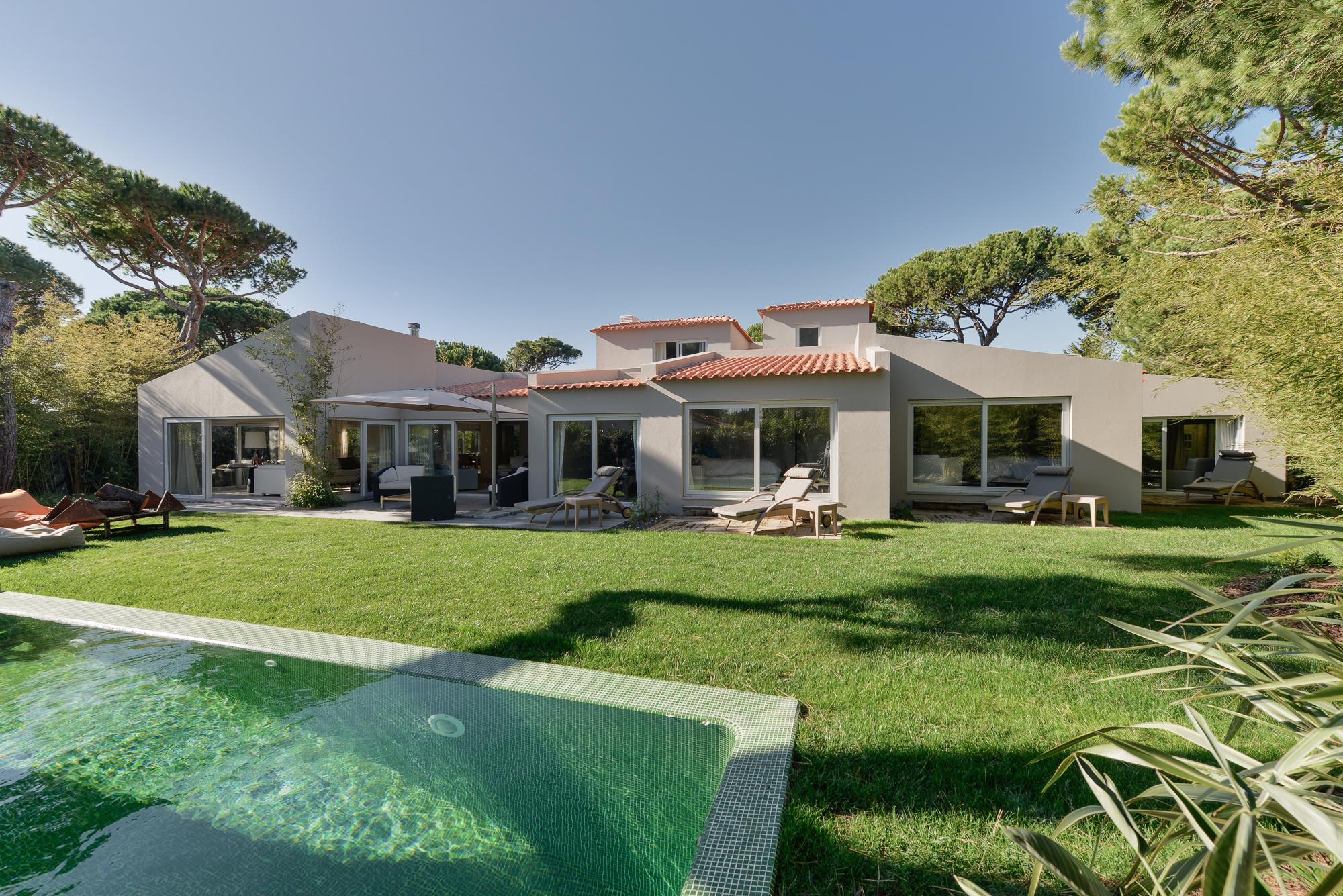 Single Family Home for Sale at House, 5 bedrooms, for Sale Cascais, Lisboa, 2750-002 Portugal