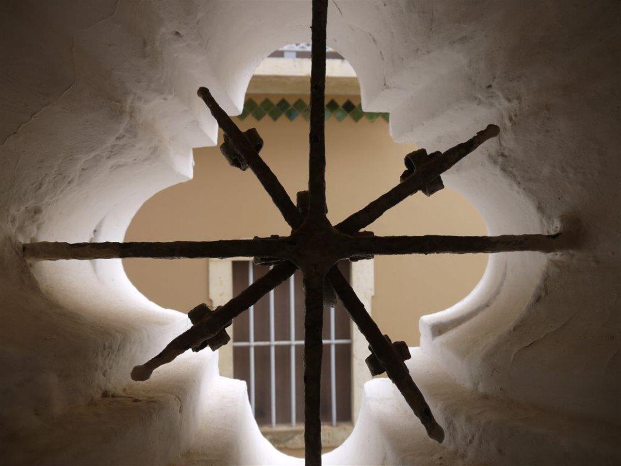 Maison unifamiliale pour l Vente à Detached house to restore, 4 bedrooms, for Sale Silves, Algarve Portugal