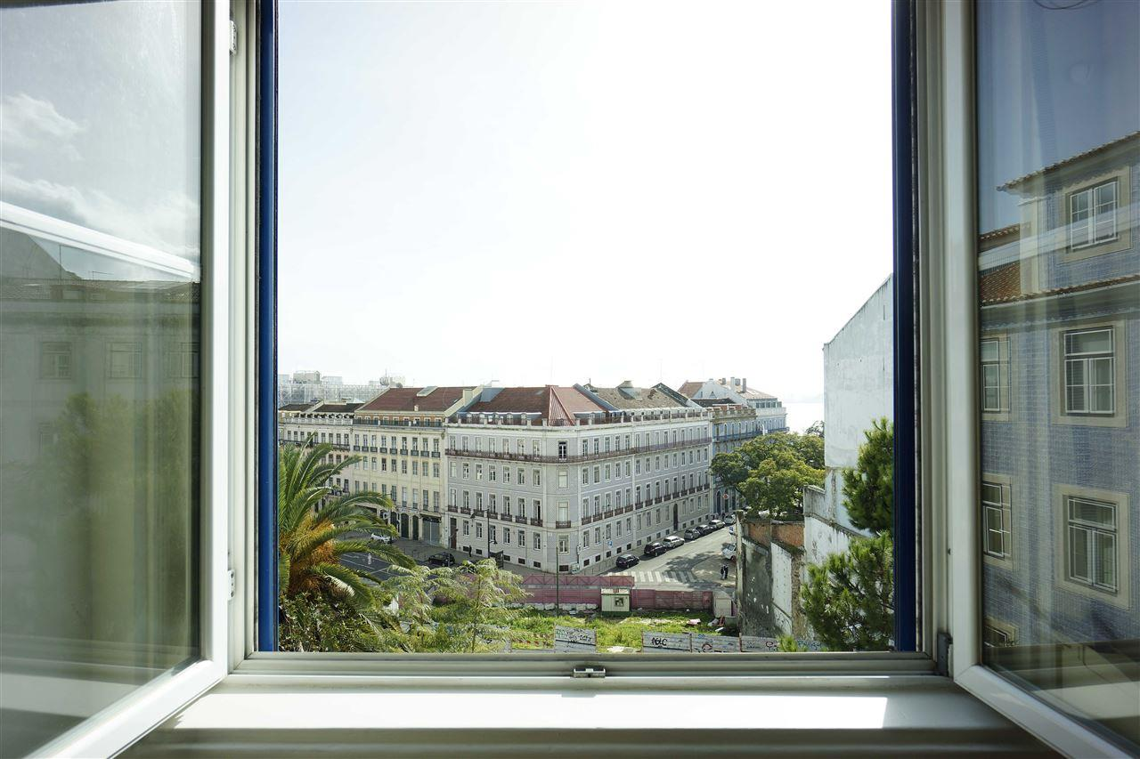 Apartamento por un Venta en Flat, 5 bedrooms, for Sale Lisboa, Lisboa, Portugal
